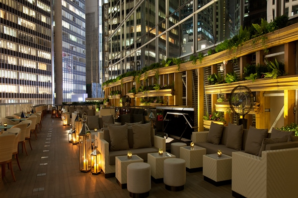 Armani Prive Hong Kong - One Luxury Place to Be