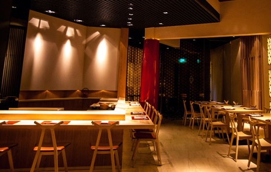 Hashi_Dining_Room_jpg_1372838328